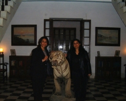delhi Pautaudi Palace foyer w h r head mala